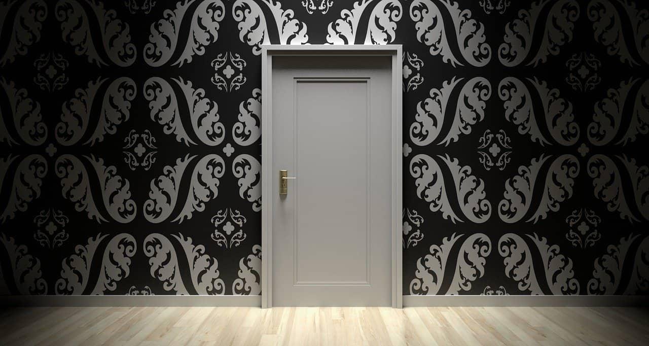 דלת ראשית